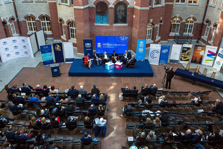 Relacja z Seminarium:</br>  Firma-Idea: realne wyzwania,</br> niematerialne wartości?